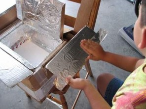 image of making a solar oven
