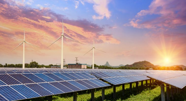 Is Renewable Energy Education Still Hot This Year?